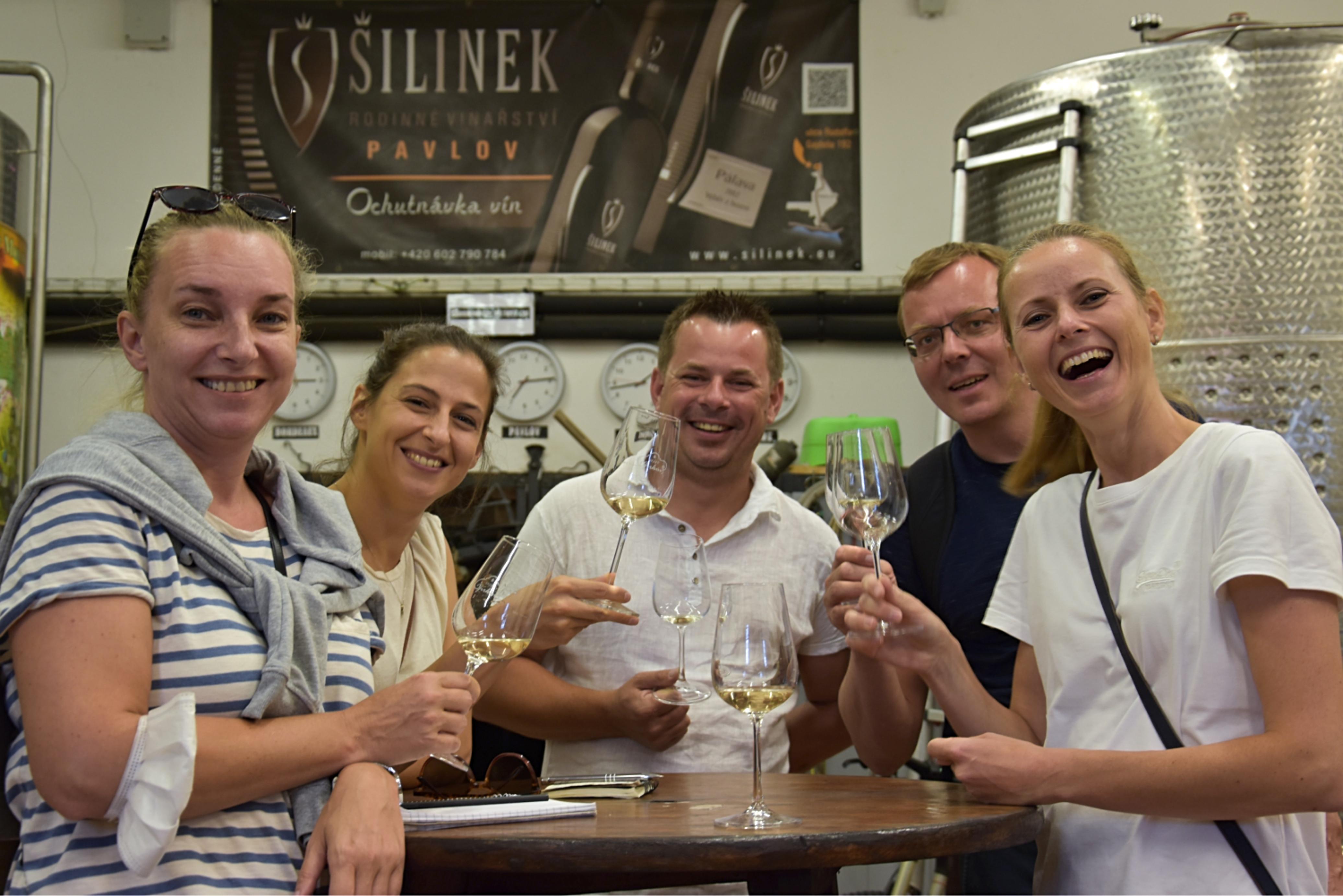 Víno-klub ve sklepě vinařství Jiří Šilinek