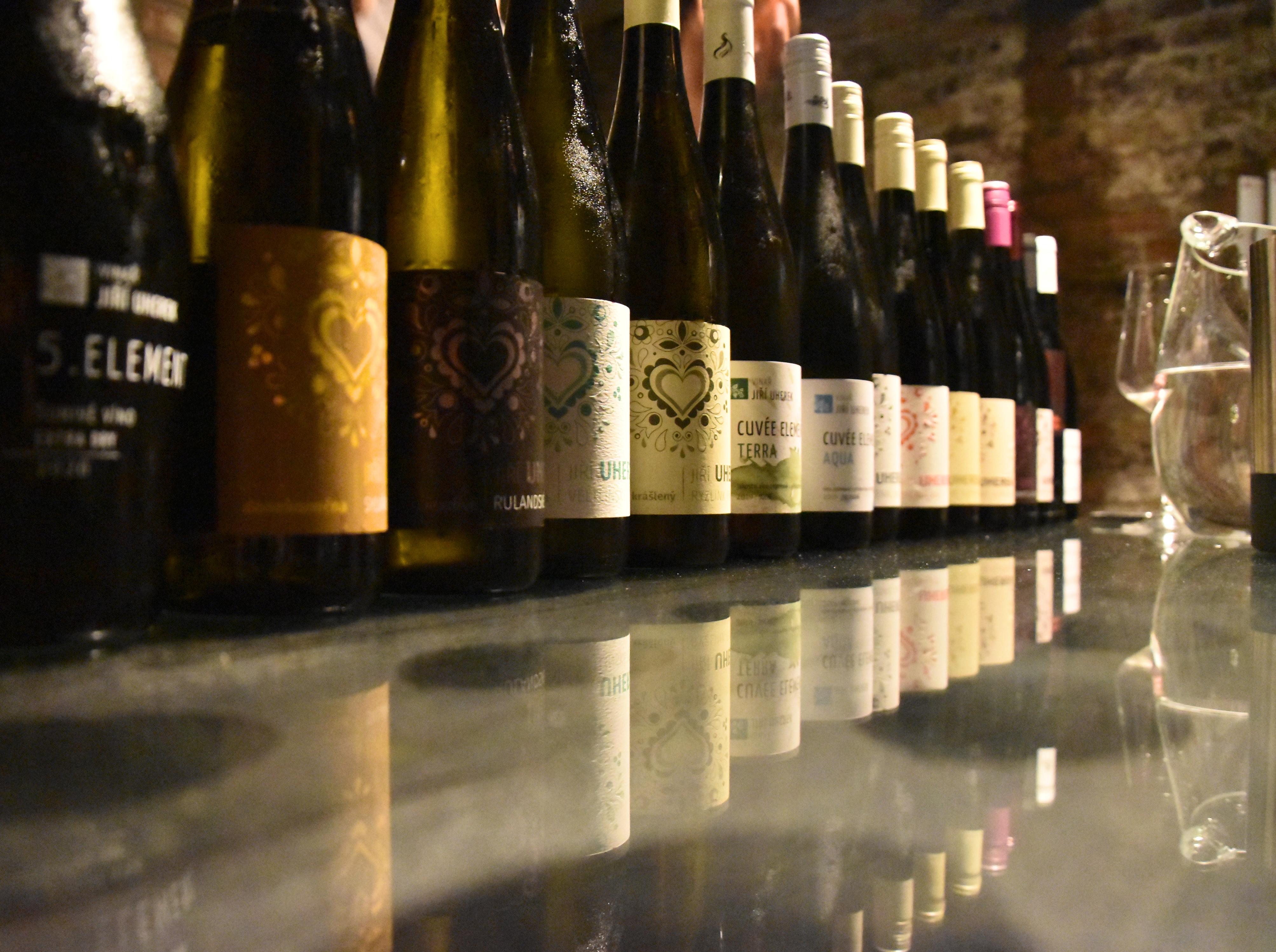 Nabídka vín z vinařství Jiří Uherek