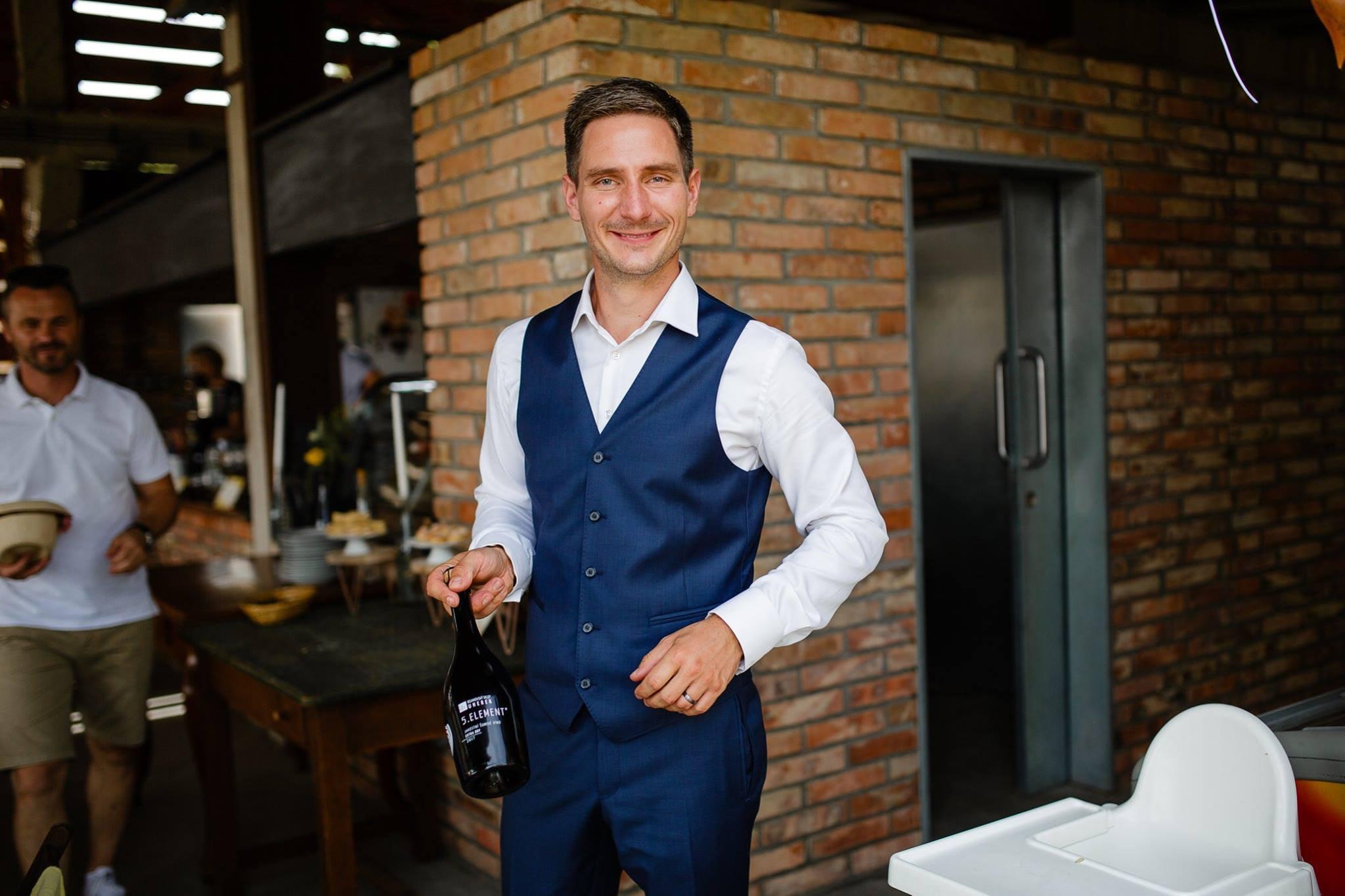 Vinař Jiří Uherek představuje svá vína