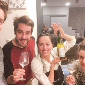 Minulý týden jsme vyhlásili soutěž o zasněžené víno. Ukázalo se, že jste hraví! Děkujeme za účast 🙂 Správná odpověď byla, že se jedná o Sheep Dreams - Sauvignon Blanc z Marlborough.  Láhev tohoto skvělého novozélanského Sauvignonu získala paní Klára SUCHÁ, členka VÍNO-KLUBU z Prahy. Nomen omen tohoto měsíce. Tohle prostě nevymyslíte 🙂  Gratulujeme a přejeme pěkný SUCHÝ bílý/červený únor nejen u SUCHÝCH! 😉  Sledujte naše newslettery, buďte první, kdo se dozví o našich novinkách a bavte se s námi vínem!🥂 link v biu>> #vinoklub #sheepdreams #marlborough #soutez #sauvignonblanc #wine @patrikdergel #suchybilyunor #suchycervenyunor #followus